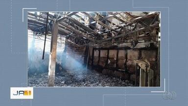 Incêndio destrói academia no Setor Sul e deixa prejuízo de cerca de R$ 500 mil, em Goiânia - Ninguém ficou ferido, pois unidade estava fechada.