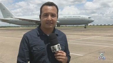 Avião com imigrantes venezuelanos deixa o Aeroporto de Boa Vista com destino a Brasília - Avião da Força Aérea Brasileira leva imigrantes para as cidades de Brasília, Goioerê (PR) e Rio de Janeiro.