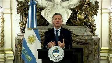 Argentina anuncia conjunto de medidas contra crise econômica - Entre as medidas estão cortes de gastos e aumento de imposto.