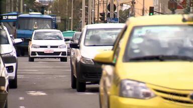 Cerca de 13% dos motoristas de Juiz de Fora estão com CNH vencida - Em Minas Gerais, quase 900 mil condutores estão na mesma situação.