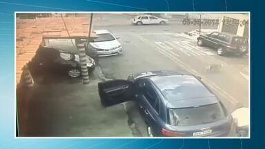 Homem é assassinado a tiros em posto de combustível em Fortaleza - Confira mais notícias em g1.globo.com/ce