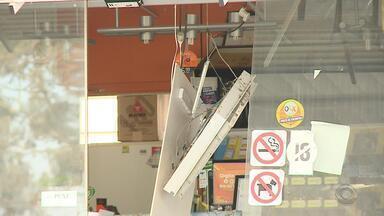 Bandidos explodem caxias eletrônicos em posto de gasolina em Rio Grande - Assista ao vídeo.
