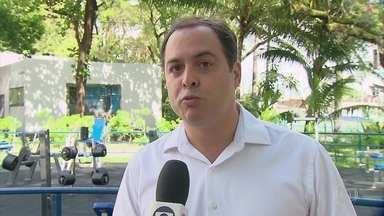 Paulo Câmara diz que vai construir 200 quadras cobertas em escolas públicas de Pernambuco - Candidato ao governo de Pernambuco tamnbém teve agenda no interior, no domingo (9)