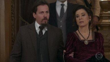 Baltazar decide prender Lady Margareth - O delegado decide testar seu estado de aparente confusão mental