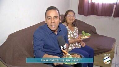 Moradora de Dourados explica as vantagens do sinal digital - Dona Claugisléia recebeu TV Morena para o Almoço Digital.