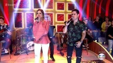 Maria Cecília e Rodolfo cantam 'Namoro Démodé' - Dupla lança trabalho acústico para agradar aos fãs