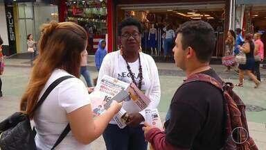 Dayse Oliveira (PSTU) faz campanha em Macaé, no RJ - Assista a seguir.