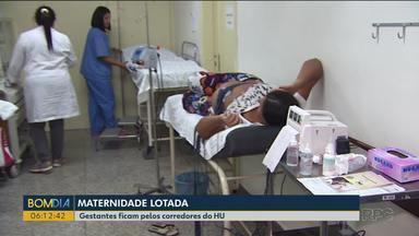 Gestantes esperam atendimento em maca em corredor de hospital - O caso aconteceu no Hospital Universitário de Cascavel.