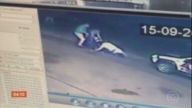 Motorista bêbado toma arma de PM durante abordagem em SP - Na confusão, um advogado, que tentou apartar a briga, também foi atingido.