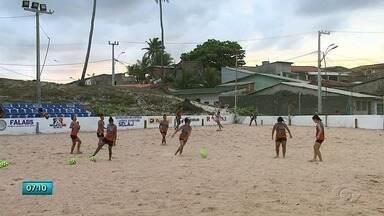 Atletas do União Desportiva estâo se preparando para defender Alagoas no Beach Soccer - As atletas são do União Desportivas.
