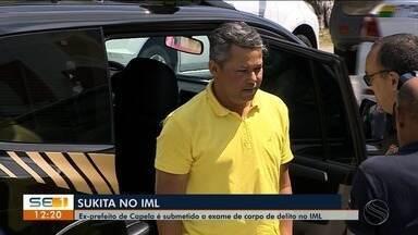Sukita faz exames antes de ser tranferido para presídio - Ele foi levado para o Complexo Penitenciário Advogado Antônio Jacinto Filho (Compajaf).