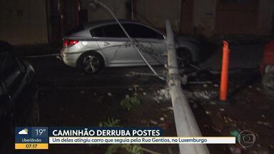 Caminhão arrasta fios de eletricidade e derruba dois postes em Belo Horizonte - Um deles atingiu um carro que seguia peça Rua Gentios, no Luxemburgo