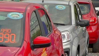 Venda de carros usados e seminovos aumenta - Setor de autopeças também fica movimentado.