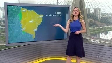O tempo fica firme no Nordeste. Já no Sudeste pode chover forte no Rio e em Minas - Um sistema de baixa pressão está puxando o vento quente e úmido vindo do Norte. Pode chover forte no norte do Rio, em Minas e no Espírito Santo. Na região Norte, a chuva vem ao longo dia com períodos de melhoria. No Centro-Oeste, a chuva diminui.
