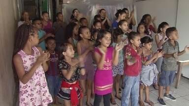 Igreja de São Vicente arrecada brinquedos para o Dia das Crianças - Doações serão distribuídas para crianças carentes.