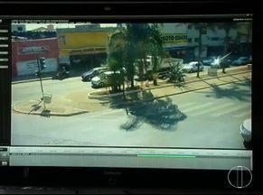 Câmeras do Olho Vivo ajudam a monitorar o trânsito em Montes Claros - Operadores atuam 24h por dia.