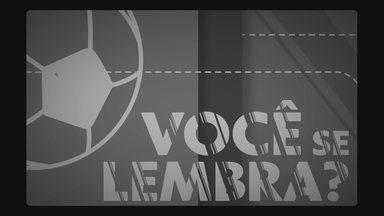 Você se lembra? Cruzeiro goleia Santos pelo Campeonato Brasileiro de 2008 no Mineirão - Você se lembra? Cruzeiro goleia Santos pelo Campeonato Brasileiro de 2008 no Mineirão