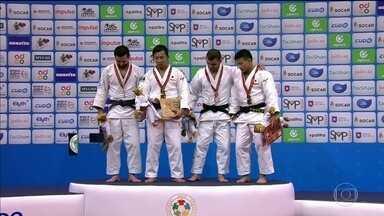 Brasileiros são derrotados e japonês é tri campeão no Mundial de Judô - Brasileiros são derrotados e japonês é tri campeão no Mundial de Judô