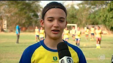 Júlia Beatriz está a poucos passos de garantir vaga na seleção para o mundial - Júlia Beatriz está a poucos passos de garantir vaga na seleção para o mundial