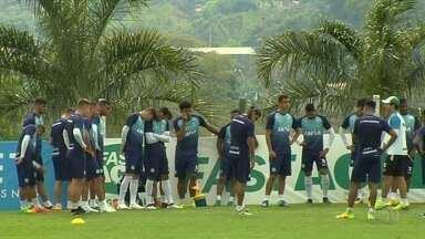 Goiás finaliza preparação e vai repetir time titular contra a Ponte Preta - Alviverde vai a campo com a mesma escalação do clássico