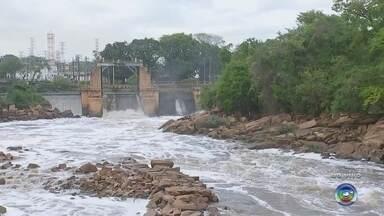 Água do Rio Tietê foi considerada boa em oito quilômetros - A mancha de poluição no Rio Tietê diminuiu e no interior, em cerca de oito quilômetros do rio, a qualidade da água foi considerada boa, conforme um relatório inédito da ONG SOS Mata Atlântica.