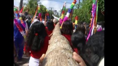 Começou em Alter do Chão a maior manifestação cultural do estado, o Sairé - A festa, com teor religioso e profano, mistura elementos dos colonizadores portugueses com a cultura indígena.