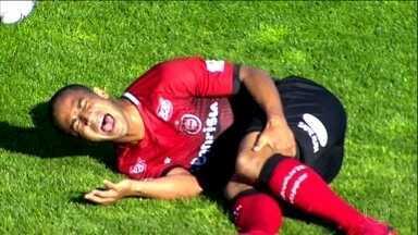 Brasil de Pelotas perde dois jogadores na partida contra o Oeste pela Série B - Brasil de Pelotas perde dois jogadores na partida contra o Oeste pela Série B