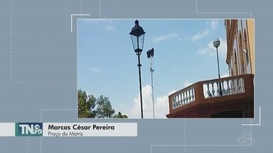 Tô na Rede: Telespectador denuncia furto de lâmpadas de praça no Centro de Manaus - Local foi recém-inaugurado.