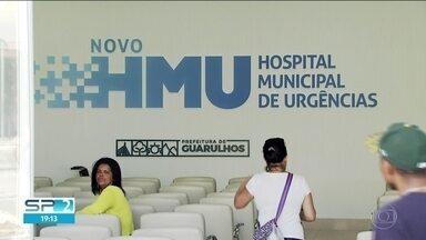 Pacientes continuam sem atendimento no HMU de Guarulhos - Faz um mês que a prefeitura de Guarulhos trocou a Organização Social que administra o hospital municipal de urgências. Na gestão da antiga OS, o HMU quase fechou as portas.