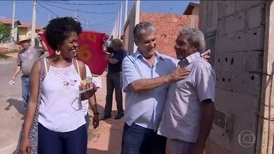 Toninho Ferreira faz campanha no Vale do Paraíba - O candidato do PSTU visitou sindicato dos Metalúrgicos.