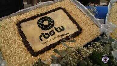 RBS TV Santa Cruz completa 30 anos - Assista ao vídeo.