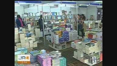 Feira do Livro começa nesta quarta (3) em Criciúma - Feira do Livro começa nesta quarta (3) em Criciúma