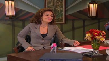 Aquele da Secretária - Marinete está cansada de sua vida de diarista e começa a trabalhar como secretária. Mas seu novo patrão acredita que Nete seja fluente em alemão.