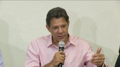 Fernando Haddad (PT) se reuniu com cúpula do partido em São Paulo - O candidato do PT à Presidência da República disse que pretende reforçar a postagem de mensagens nas redes sociais e enfatizar a defesa dos direitos dos trabalhadores e das conquistas na área social.