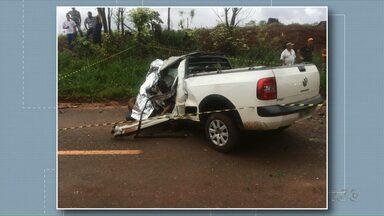 Motorista morre em acidente entre Terra Boa e Malu - Segundo a Polícia Rodoviária Estadual, o motorista perdeu o controle do veículo e bateu em uma árvore