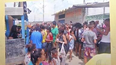 Morador organiza festa de dia das crianças no Jardim Layr, em Mogi das Cruzes - O homem chegou a viver nas ruas e depois de conseguir um emprego, não esquece o passado sofrido e organiza uma festa em agradecimento pelo que conseguiu.