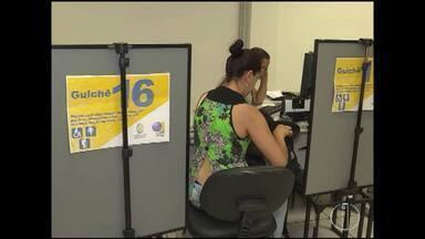 Quem não votou no 1º turno pode comparecer às urnas no 2º turno - Eleitor pode justificar até o mês de dezembro.
