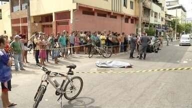 Ex-detentos são baleados e um morre no Bairro Melo Viana, em Coronel Fabriciano - Segundo a Polícia Militar, uma dos homens saiu do presídio nesta quarta e o outro foi liberado há cerca de um mês; até o momento ninguém foi preso.