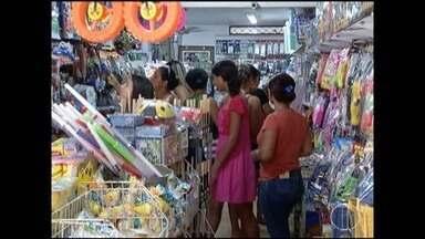 Apesar da economia instável, consumidores vão investir em presentes no Dia das Crianças - Lojistas acreditam que o período será de boas vendas.