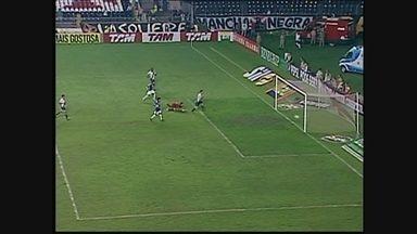 Você se lembra? Com golaço de Montillo, Cruzeiro vence Vasco por 3 a 0 em 2011 - Você se lembra? Com golaço de Montillo, Cruzeiro vence Vasco por 3 a 0 em 2011