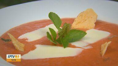 Prato Fácil: Kassab ensina transformar uma salada em sopa - Confira o passo a passo da receita.