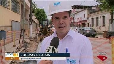 Obras de saneamento alteram o trânsito no bairro Baiminas, em Cachoeiro de Itapemirim - Os motoristas precisam ficar atentos.