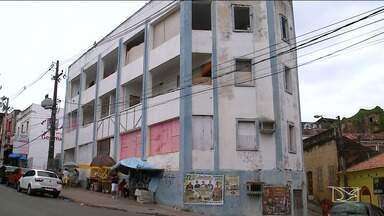 Prédios abandonados são ocupados de forma irregular em São Luís - Enquanto alguns são usados como esconderijos durante a noite, outros viraram morada de quem não tinha um teto.