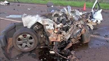Estradas federais brasileiras tiveram feriado violento com imprudência dos motoristas - Excesso de velocidade foi um dos fatores que mais causou acidentes no feriado do dia dia 12 de outubro.