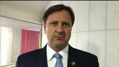 Médicos não deixam polícia transferir para Brasília senador Acir Gúrgacz - O senador está internado há cinco dias num hospital da família em Cascavel.