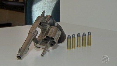 Assaltante é preso pela Guarda Municipal ao render trabalhador em MS - Ele estava com revólver calibre 38.