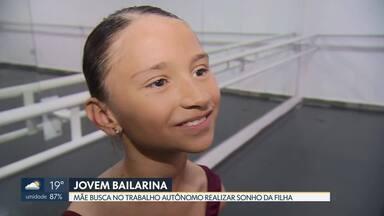 Mãe busca no trabalho autônomo realizar sonho da filha - Bailarina de nove anos o DF irá para Joinville, Santa Catarina, participar de prova final para obter bolsa para a maior escola do mundo de balé, o Bolshoi.