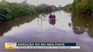 Reportagem percorre o Rio Meia Ponte e mostra problemas como poluição - Rio abastece 50% da população da Região Metropolitana.