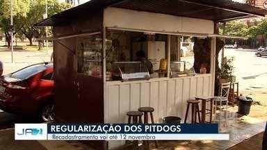 Prefeitura deve rever regulamentação de bancas e pit-dogs em Goiânia - Recadastramento deve ocorrer até o dia 12 de novembro de 2018.