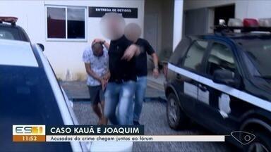 Pastores acusados de matar filhos participam de audiência - Os dois estão presos, acusados de estupro, omissão e morte.